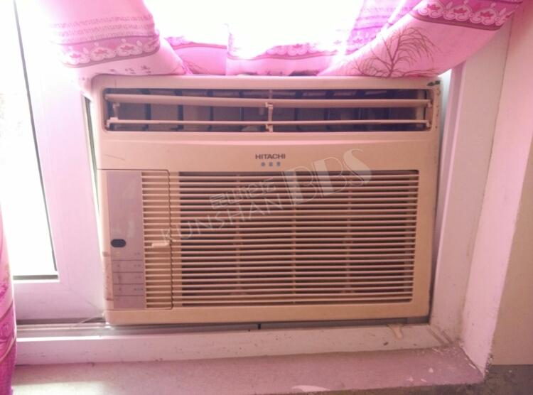 日立大1p窗机空调,有原装遥控器,制冷制热都很好, 550元转给需要的