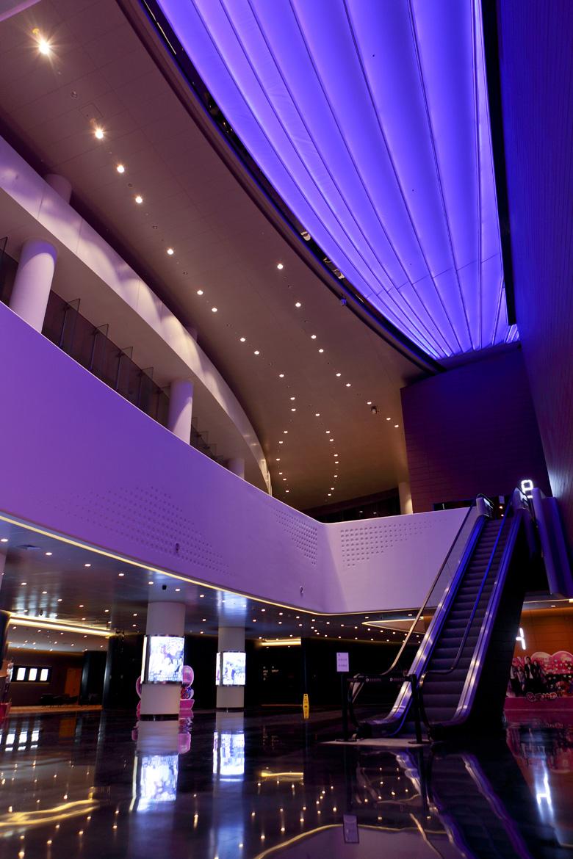 昆山世茂国际影城 1号厅叫小巨幕 另外保利国际影城昆山文化艺术