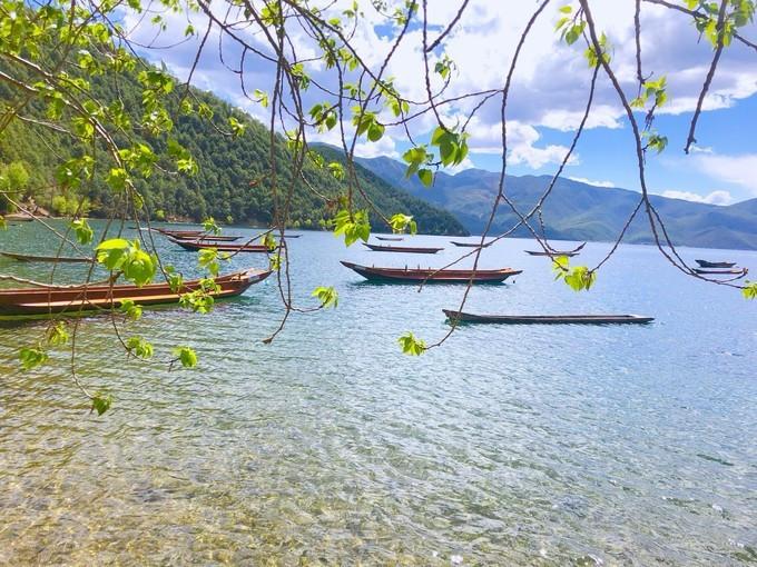 初夏的泸沽湖