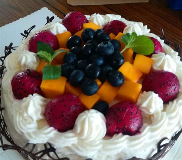 儿子生日 自己做蛋糕