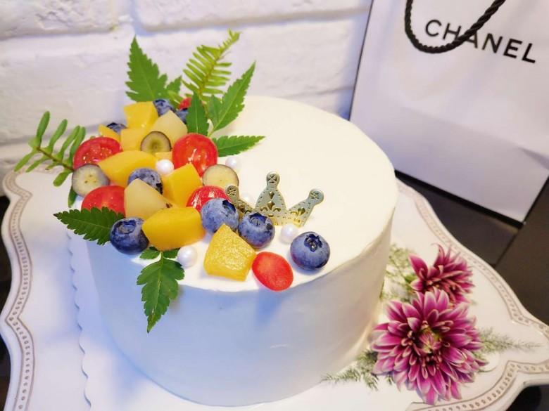 動手給自己做的生日蛋糕