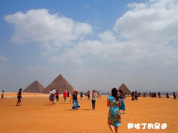 萨拉丁的一画一天堂金字塔前阿拉伯人