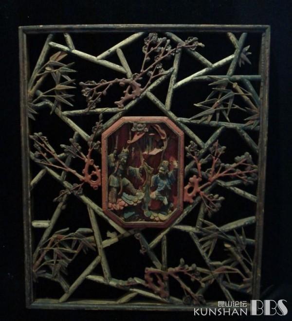 欣赏]金丝楠木雕窗花