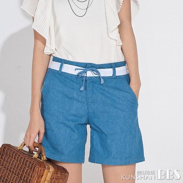 大气剪裁 时尚干练牛仔短裤