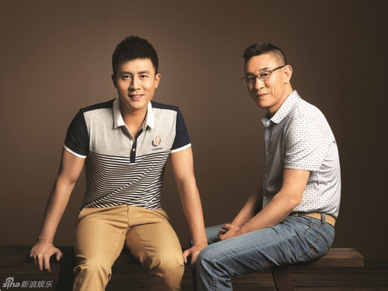 杜淳的父亲杜��f�_杜淳与父亲杜志国为时尚杂志拍摄了一组父亲节温馨大片!